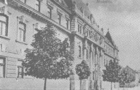Az épület